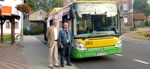 LO - autobus