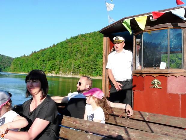Zagorze statek jezioro1