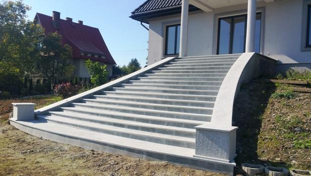 granit schody