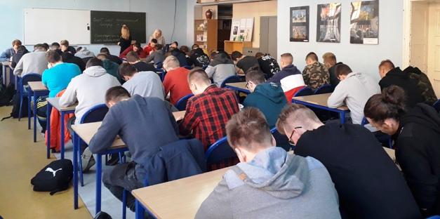 Uczniowie z Zespołu Szkol Politechnicznych Energetyk w Wałbrzychu