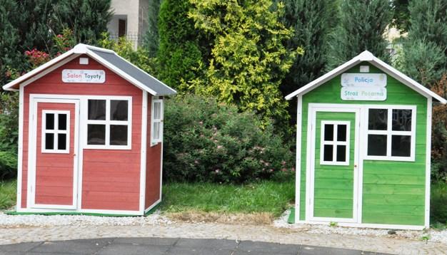 miasteczko dzieci domki