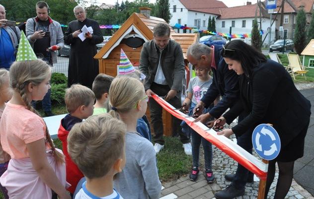otwarcie miasteczka dzieci